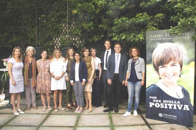 Yves Rocher_Miembros del Jurado Pilar Tena, Sonia Castañeda, Julia Higueras, Xandra Falcó, Ana Sáez y Philippe Duchossois, entre otros