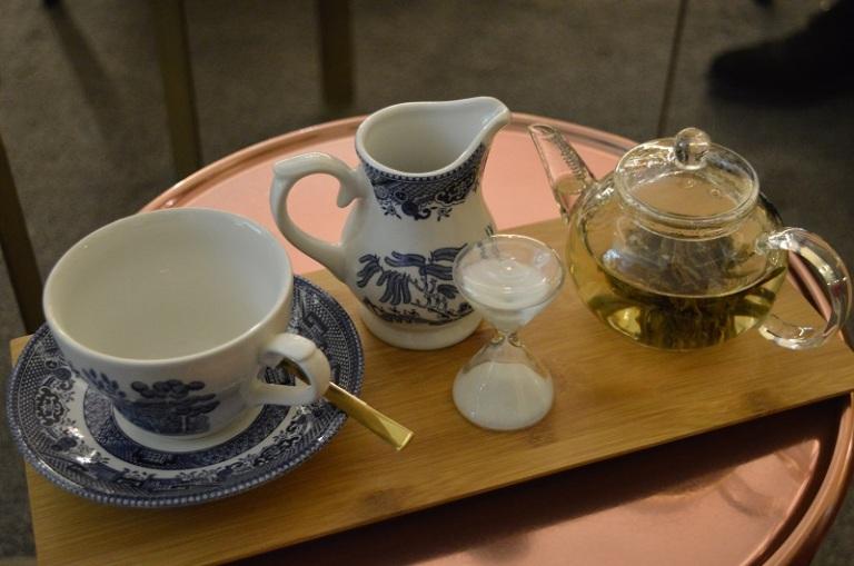 Suite & Tea